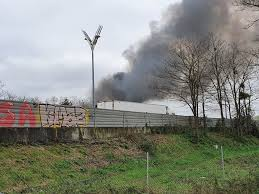 Bordeaux metro a fire in a Roma camp