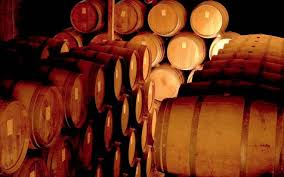 """Why did the term """"claret"""" become synonymous with Bordeaux wine?"""